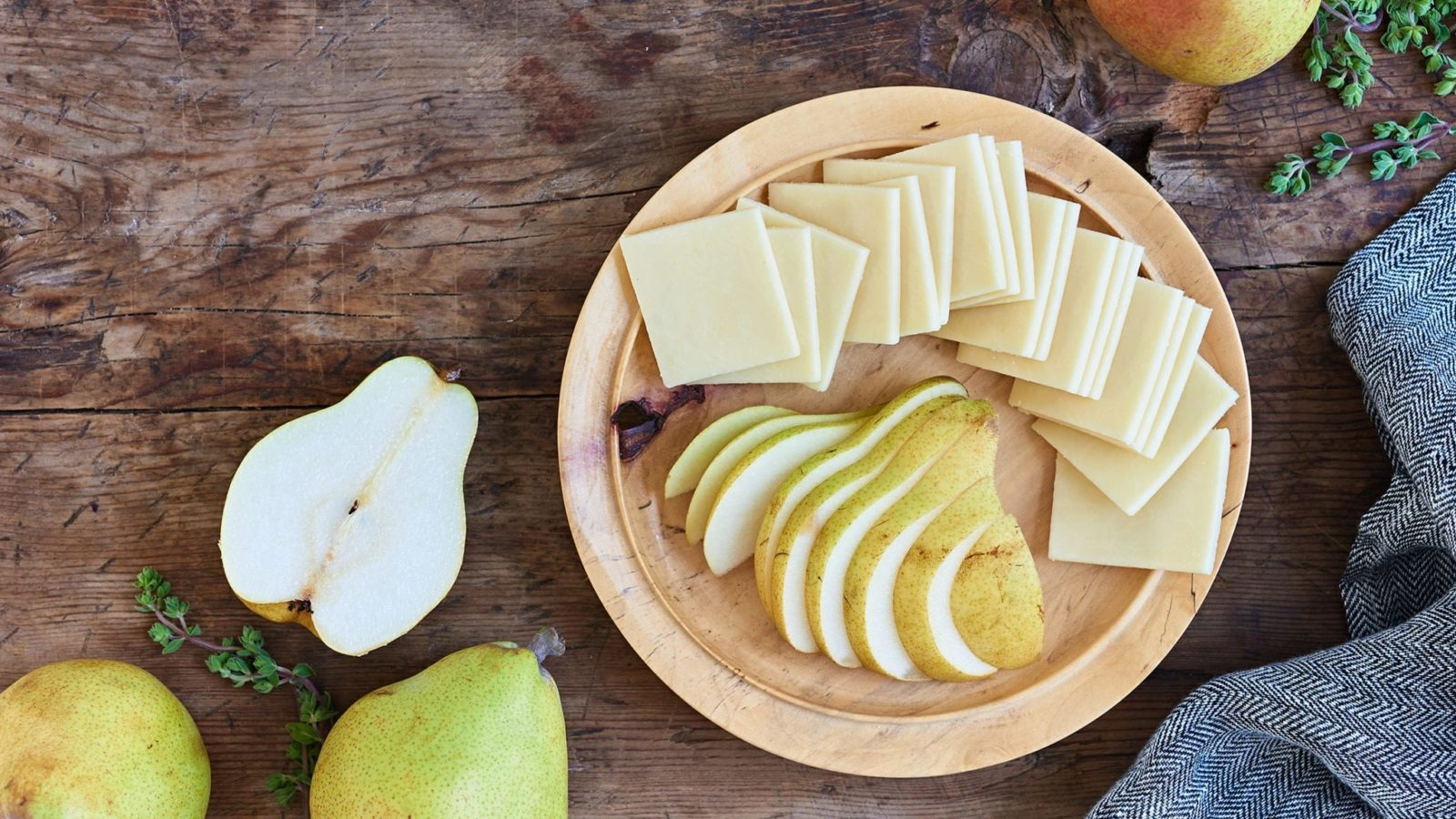 Comice Pear with Vermont Sharp Cheddar